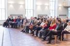 In den Gottesdienst kamen auch Angehörige und Freunde der jungen Theologinnen und Theologen.