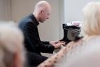 Thorsten Schaeffer am Klavier.