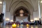 Stimmungsvoller Auftakt am Vorabend: Läufergottesdienst in der Kreuzkirche in der Innenstadt von Hannover, mitgefeiert von den drei Staffelteams aus dem Landeskirchenamt in Düsseldorf.
