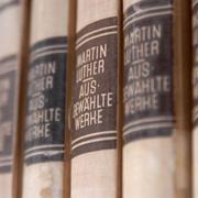 Martin Luthers Schriften gehören zu den Grundlagen evangelischer Theologie.