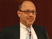 Geschwisterpaar der besonderen Art: der westfälische Oberkirchenrat Dr. Arne Kupke über die rheinische und die westfälische Kirche.