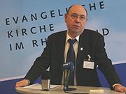 Gegen Verletzungen, für Lebensrecht Israels: Präses Nikolaus Schneider