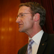Präses Ansgar Hörsting auf der Landessynode 2011.