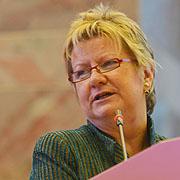 Grußwort an die Landessynode 2013: NRW-Schulministerin Sylvia Löhrmann