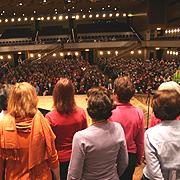 Full House: Rund 800 Presbyterinnen und Presbyter waren in die Bonner Beethovenhalle zum 3. Tag rheinischer Presbyterinnen und Presbyter gekommen.