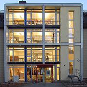 Die Hochschul- und Landeskirchenbibliothek auf dem Campus der Kirchlichen Hochschule in Wuppertal.