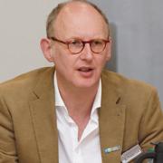 Pfarrer Jönk Schnitzius ist JVA-Seelsorger in Wuppertal.