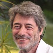 Jan Cort Mensching ist Dipl.- Pädagoge an der Evangelischen Hauptstelle für Familien- und Lebensberatung im Rheinland.