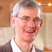 Dr. Christoph Melchior ist Geschäftsführer des Evangelischen Bibelwerks im Rheinland und Pfarrer der Evangelischen Kirchengemeinde Beuel in Bonn.