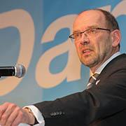 Herausforderung Integration: NRW-Minister Rainer Schmeltzer