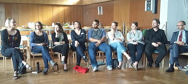 Auch eine Begegnung mit Präses Manfred Rekowski (r.) in Wuppertal gehört zum Programm des Besuchs der 'Next Generation' aus der US-Partnerkirche UCC.