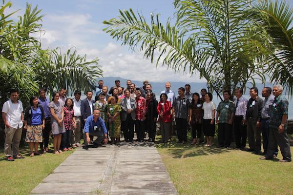 Mehr als 30 Vertreterinnen und Vertreter der VEM-Mitgliedskirchen in Asien kamen zum Klima-Workshop in Sumatra, um Fragen den Unweltschutzes zu diskutieren.