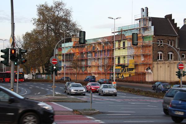 Die Künstler Adam Masava und Hardy Bock haben auf der 543-Quadratmeter-Wand am ehemaligen Mülheimer Frauengefängnis die globalen Nachhaltigkeitsziele der Vereinten Nationen in Szene gesetzt.