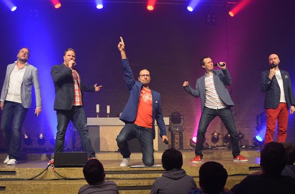 Beim Konzert in Klettenberger Johanneskirche begeisterten die Wise Guys ihre Fans mit Hits aus dem aktuellen Programm.