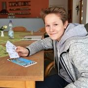 Fabian Matheisen wirbt in Schule und Konfigruppe fürs Autofasten.