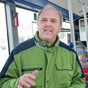 Pfarrer Josef Jirasek von der Kirchengemeinde Brebach-Fechingen sprach zur Eröffnung von Autofasten.