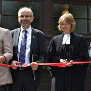 Mit Superintendentin Almut van Niekerk vom Kirchenkreis An Sieg und Rhein eröffnete der Präses die Kirche im Museum.