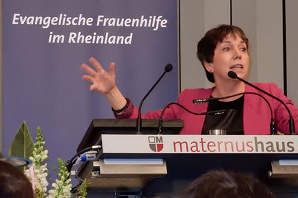 Margot Käßman vermittelte in ihrem Vortrag Impulse der Reformation für die Frauenarbeit heute.