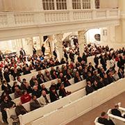Rund 400 Menschen kamen in den Gedenkgottesdienst.