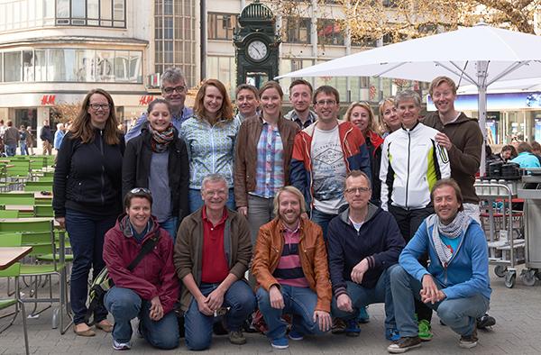 Gute Zeiten gelaufen: die Staffeln des Teams Landeskirchenamt nach vollbrachter Teilnahme an der Deutschen Kirchenmeisterschaft im Rahmen des Hannover Marathons.