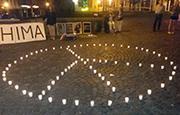 Kerzenaktion zum Hiroshima-Gedenken in Kastellaun am Vorabend des Jahrestags.