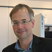 Dr. Andreas Metzing