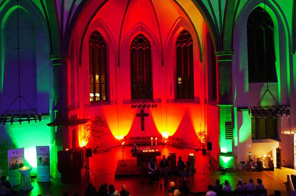 Geschichten und Musik aus vielen Ländern und Kulturen gab es in der Diakoniekirche in Neunkirchen.