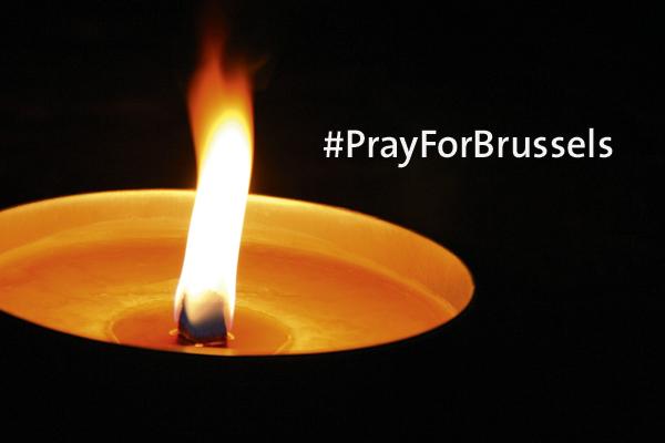 Wir sind in Gedanken bei den Opfern der Anschläge von Brüssel und ihrer Familien.
