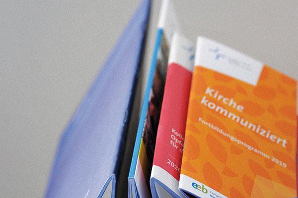 Über die zahlreichen Publikationen der rheinischen Kirche gibt die Bestellübersicht einen Überlick.