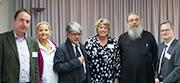 Dr. Martin Bock, Dr. Susanne Wolf, Prof. Dr. Jürgen Ebach, Oberkirchenrätin Barbara Rudolph, Erzpriester Constantin Miron und Oberkirchenrat Dr. Martin Illert (v.l.).