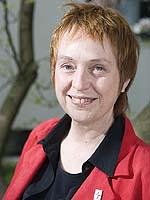 Renate Biebrach ist die rheinische Beauftragte für Mitarbeitende in Verkündigung, Seelsorge, Diakonie und Bildungsarbeit.