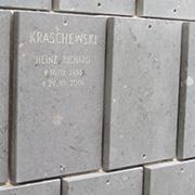 Auch das Kolumbarium ist neu auf dem Evangelischen Friedhof Düren.
