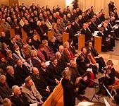 Auftakt der Landessynode: der Eröffnungsgottesdienst in der Neuenahrer Martin-Luther-Kirche.