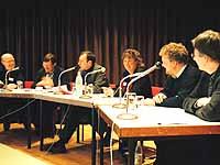 Pop ruhig auch in der Kirche: Podiumsdiskussion während des Bonner Symposiums.