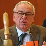 Leitet viele Tagesordnungspunkte: Vizepräsident Christian Drägert.