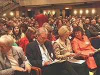 Mit von der Partie (vorn, von rechts): Vizepräses Bosse-Huber, die Bonner Oberbürgermeistern Bärbel Dieckmann, Bonns Superintendent Eckart Wüster und die Presbyterin Doris Supé aus Nideggen.