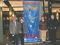 Versammelt gegen Gewalt: Vizepräsident Christian Drägert (l.), Oberkirchenrat Jürgen Dembek (r.) und vom Frauenreferat Beate Ludwig (2.v.l.) und Heike Blazek.