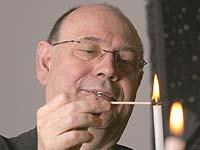 Nächstenliebe zeigen: Präses Nikolaus Schneider.