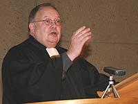 Predigt im Eröffnungsgottesdienst der Landessynode 2006: Oberkirchenrat Jürgen Dembek.