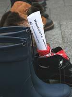 Konstruktive Ideen: Wunschzettel im Schuh.