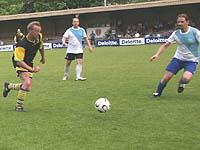 Nur Fußball im Kopf? Zum Jubiläum der rheinischen Männerarbeit spricht der EKD-WM-Pfarrer über die Aufgaben der Männerarbeit.