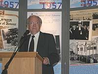 Besser verstanden: Heinrich Helds ältester Sohn Dr. Heinz Joachim Held.