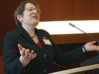 Kein Klagesang gegen Globalisierung: Pastorin Susanne Freytag von der Protestantischen Kirche in den Niederlanden.