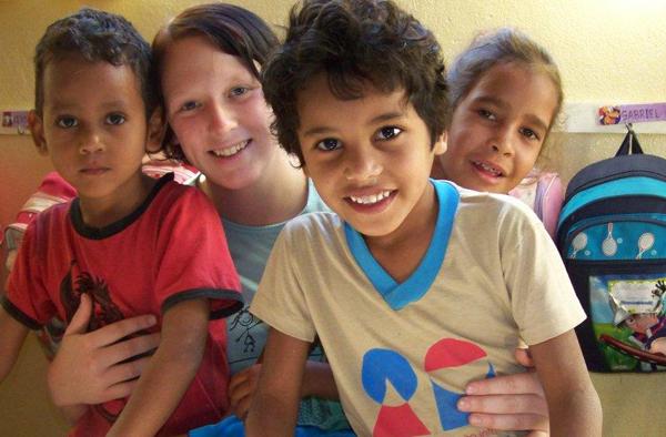 Zum Beispiel: Freiwilligendienst in einer Kita in Brasilien. Foto: ekir.de-Archiv