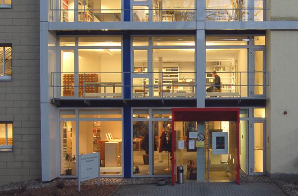 Studierstube: Die Bibliothek im Theologischen Zentrum Wuppertal.