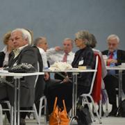 Synodale bei der außerordentlichen Landessynode in Hilden.