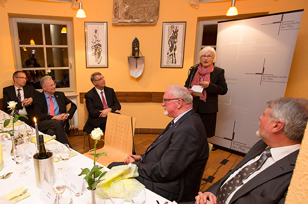 Tischgespräch mit EKD-Präses: Irmgard Schwaetzer auf der Ebernburg.