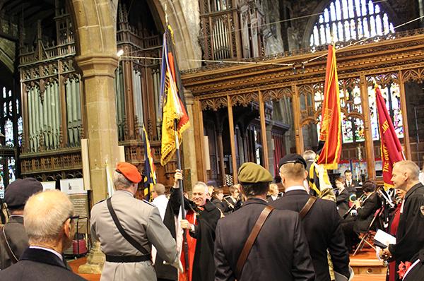 Mit Partnern aus Aachen, inklusive Bundeswehr-Fahnenabordnung: Remembrance Day im englischen Halifax.