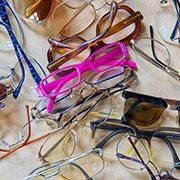 Brillen-Sammlung für Gemeindeglieder im Kongo.