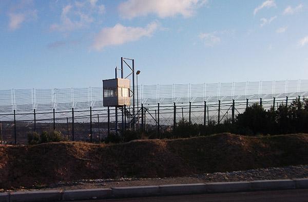 Markiert Europas Außengrenze: Zaunanlage um die spanische Exklave Melilla in Marokko.